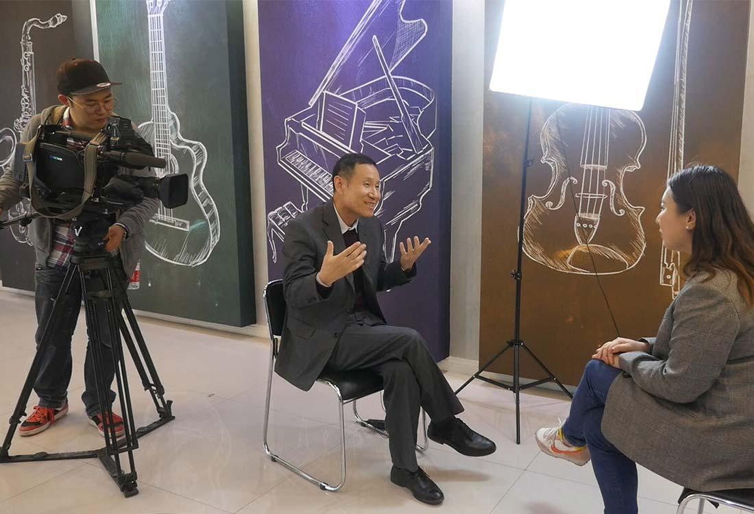 JCC天洋集团董事长李哲龙接收采访
